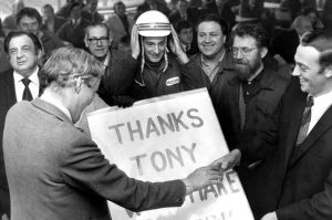 Tony Benn at the Meriden motor cycle workers' co-operative in 1975 (Photo from Coventry Telegraph)