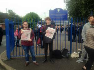 Socialist Party members visited the Picket line and sent messages of support to the striking teachers.